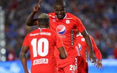 América de Cali sin casos positivos de COVID19 para enfrentar al Junior de Barranquilla.