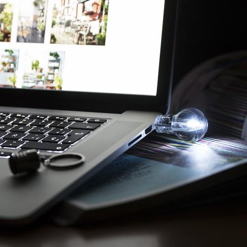 Memoria USB 8GB con forma y luz Bombilla