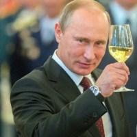 Fim do Padrão Dólar - Rússia produz mais ouro e se afasta do dólar