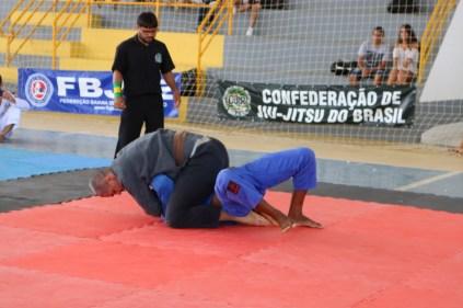 Atleta guanambiense Júlio César, faixa marrom absoluto