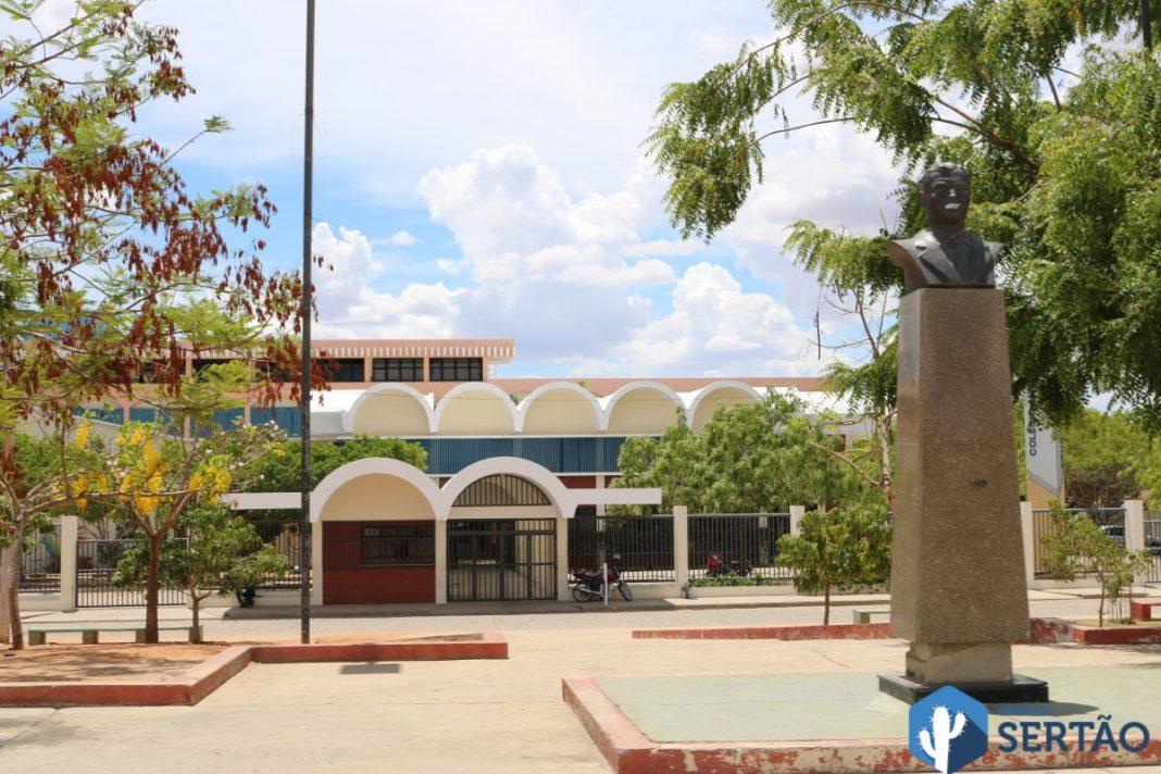 Colegio modelo gbi 4