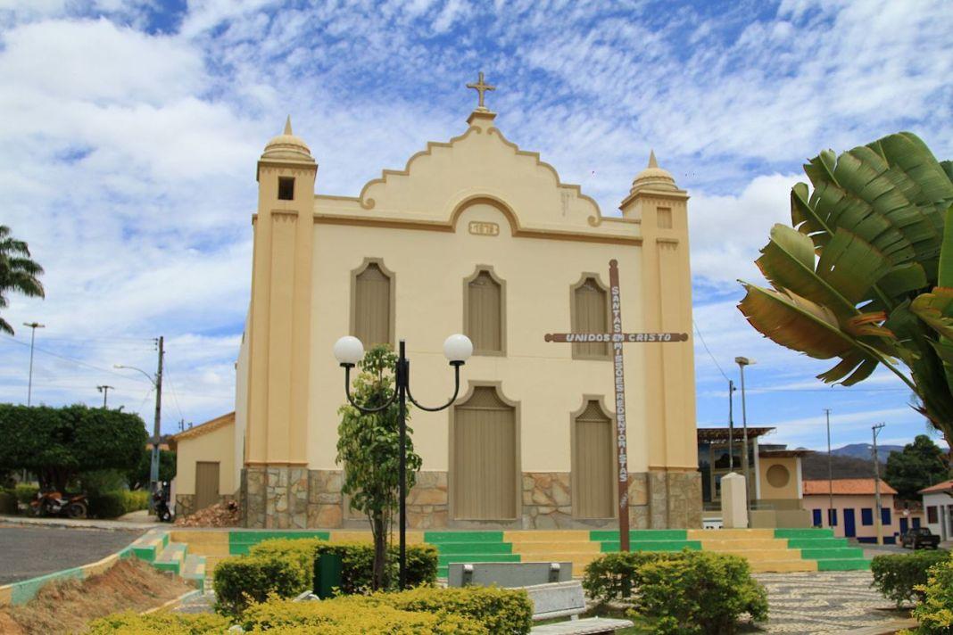 Igreja Matriz de Nossa Senhora da Saúde - Abaíra