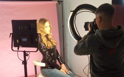 Nasza modelka podczas castingu oraz nagrań dla L'Oreal