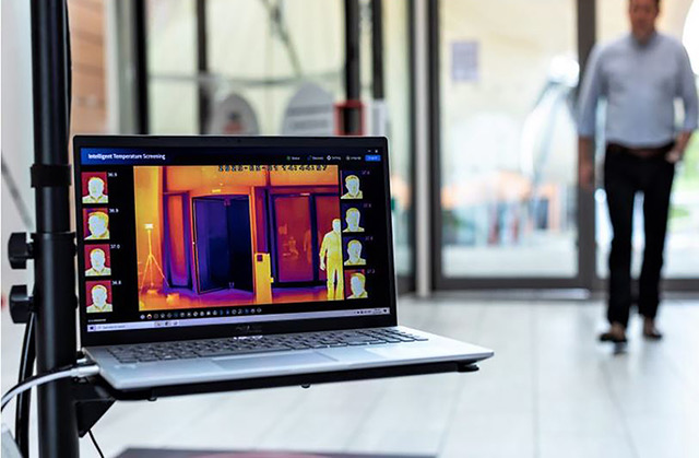 multimedialne recepcje z pomiarem temperatury