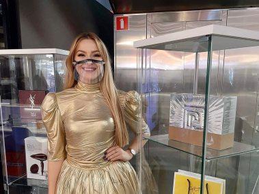 hostessa do wydawania nagród konkursowych