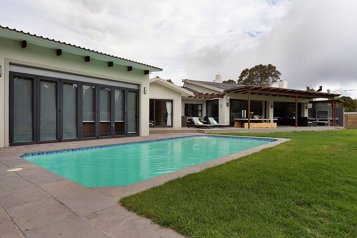 Constantia Six Bedroom Self Catering Home