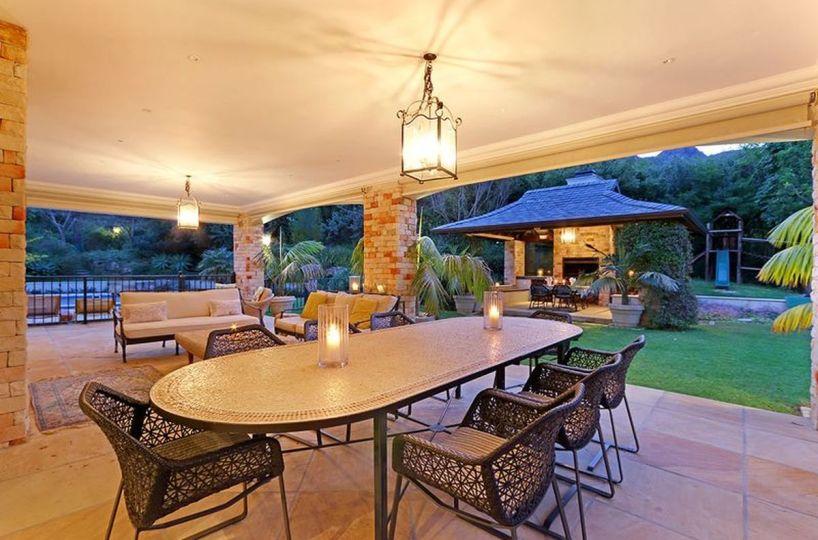 Large Five Star Cape Town Villa in Constantia