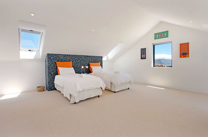 Luxury 4 Bedroom Simonstown Ideal Holiday Accommodation