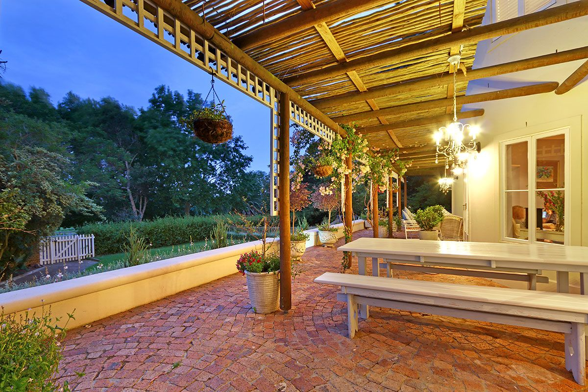 Luxury Self Catering Accommodation Constantia