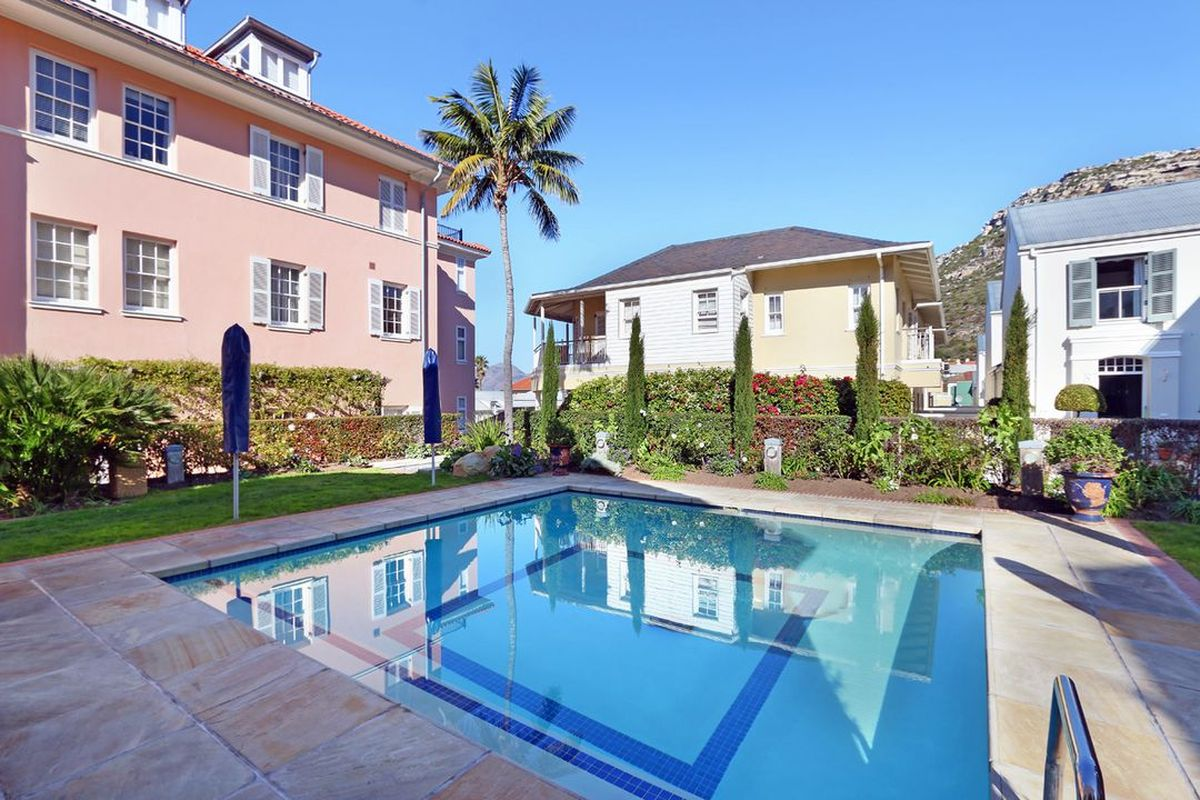 Majestic Kalk BaySelf Catering Two Bedroom Accommodation