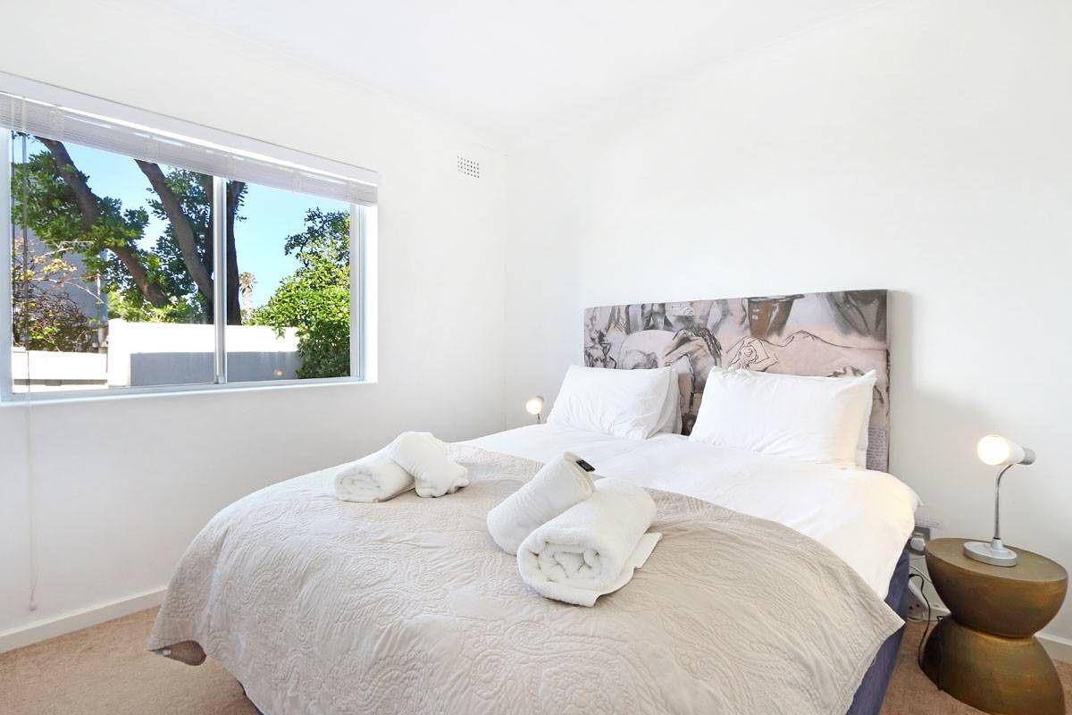 Marina Da Gama Self Catering Three Bedroom Accommodation