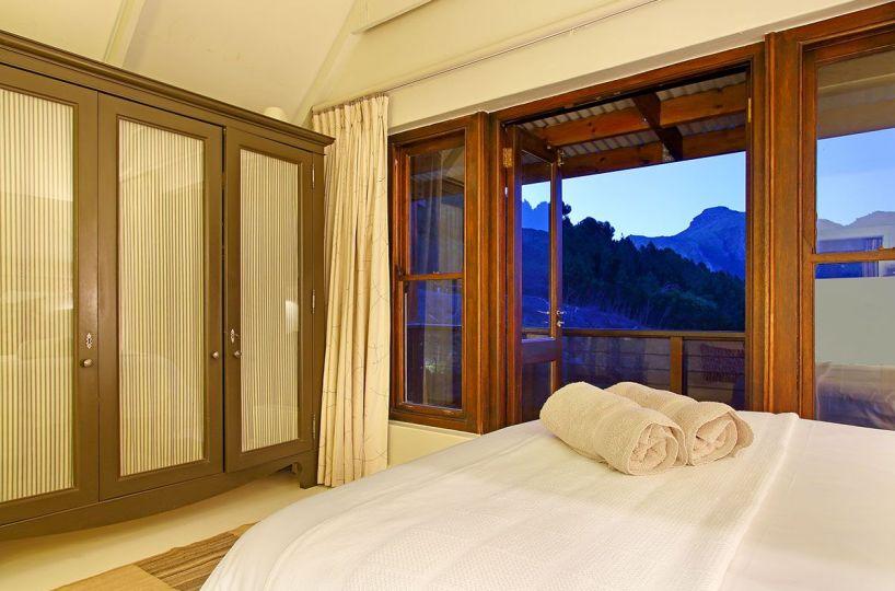 Mbali Lodge Constantia Nek Three Bedroom Self Catering