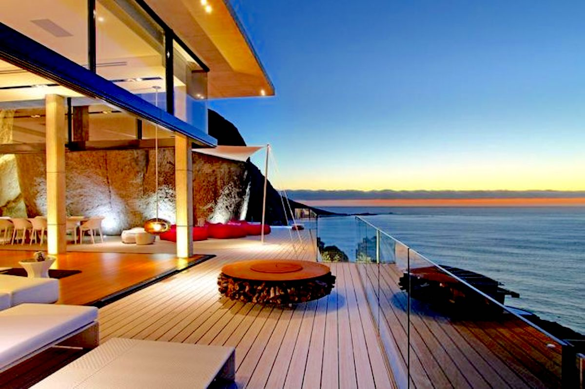 best places to stay in llandudno cape town