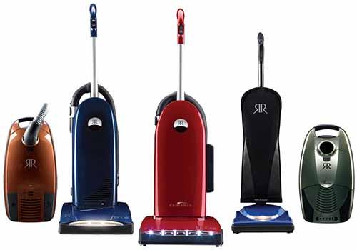 Simplicity and Riccar vacuums