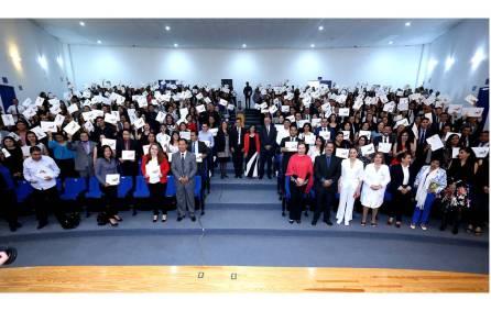 Culmina UAEH entrega de más de dos mil constancias de Servicio Social4