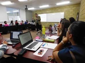 Alumnos de ICEA participan en seminario internacional1