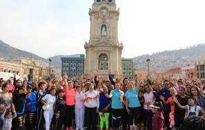 DIF Pachuca festeja Día de las Madres con macro activación física 2