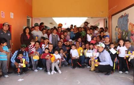 Celebran DIF municipal a padres de los CAIC en Mineral de la Reforma1