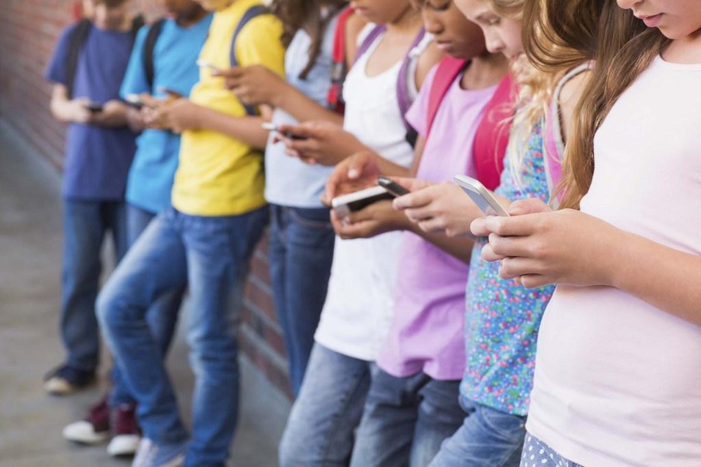 WhatsApp empezará a detectar y bloquear a menores de 13 años que usen la App