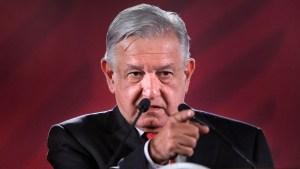 Como sabotaje legal calificó AMLO la orden de juez de suspender construcción de Santa Lucía