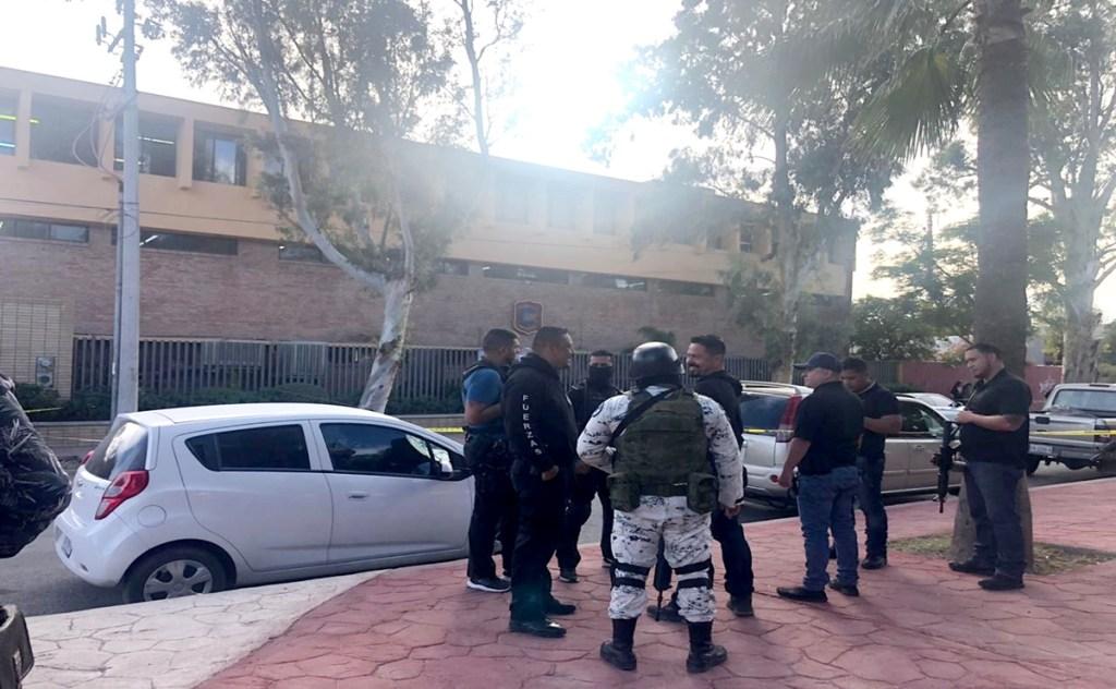 Niño dispara a compañeros y maestros en escuela de Torreón: fallecen dos personas