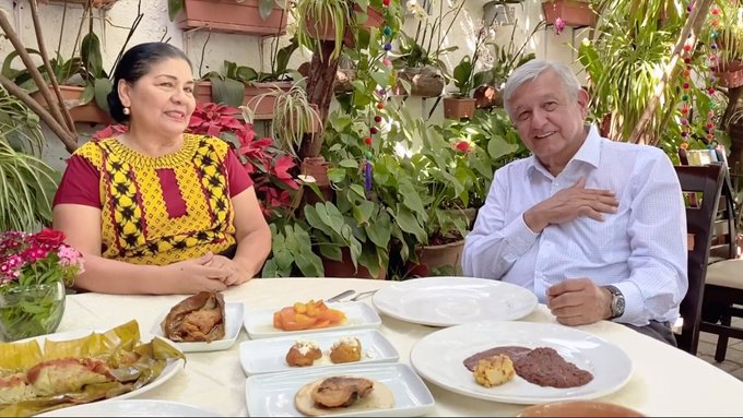 """Del """"no dejen de salir"""" al """"es mejor prevenir que lamentar"""": las contradicciones de Obrador"""