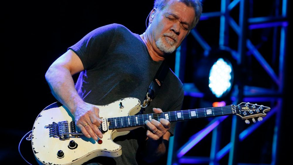 Fallece el guitarrista y leyenda del rock Eddie Van Halen