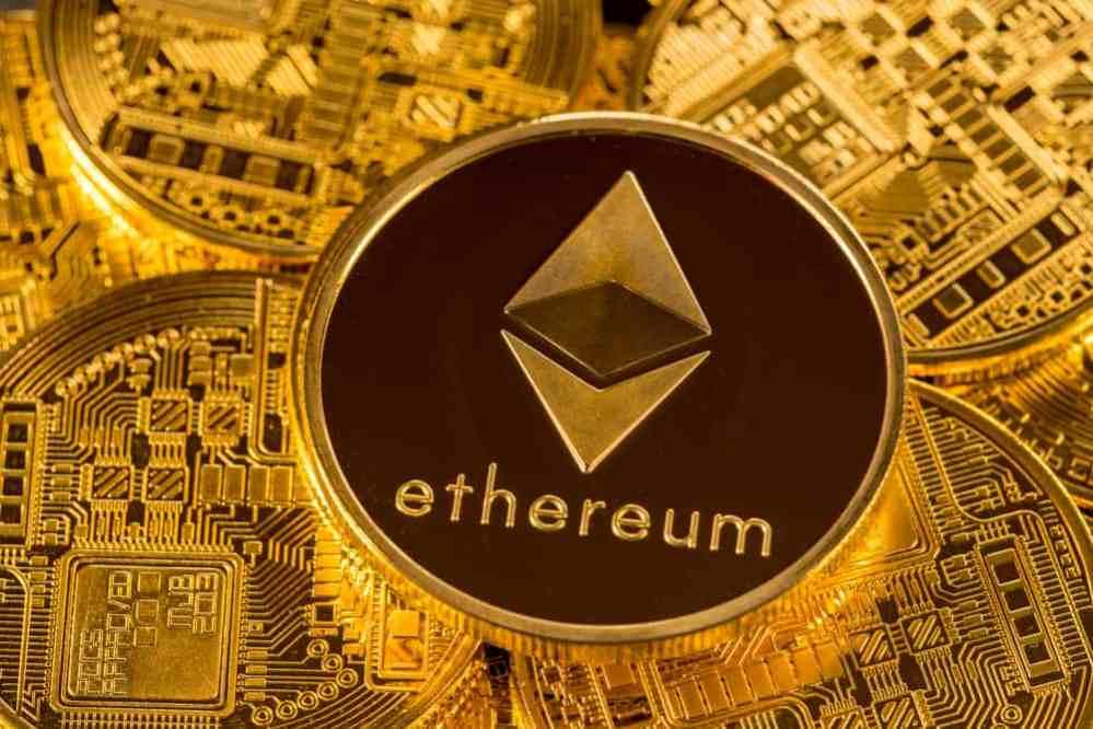 Ethereum rompe su máximo histórico por arriba de los 2,000 dólares