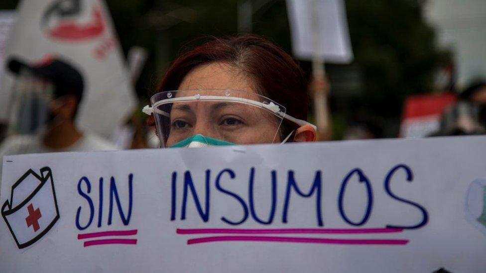 México pudo evitar 190.000 muertes en 2020 revela informe de la OMS