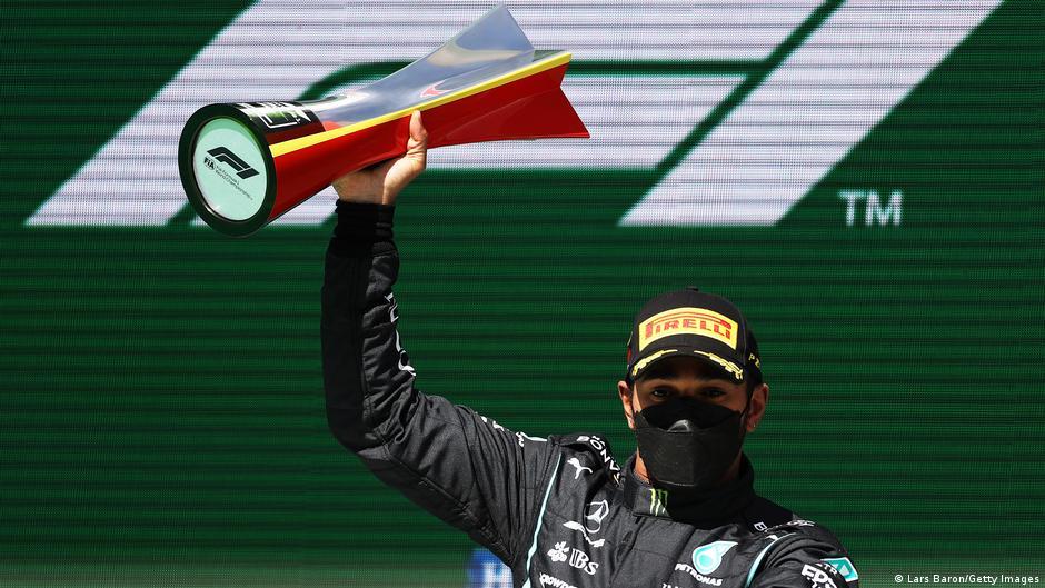 F1: Lewis Hamilton triunfa en el Gran Premio de Portugal, Checo Pérez termina cuarto
