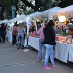 """La """"Feria de Artesanos"""" estará en las plazas Belgrano y Urquiza"""