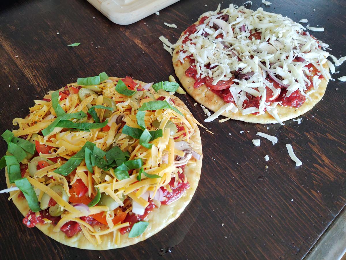 pita pizzas before baking