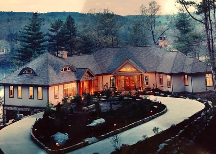 The 10 Most Expensive Luxury Properties For Sale On Lake Keowee
