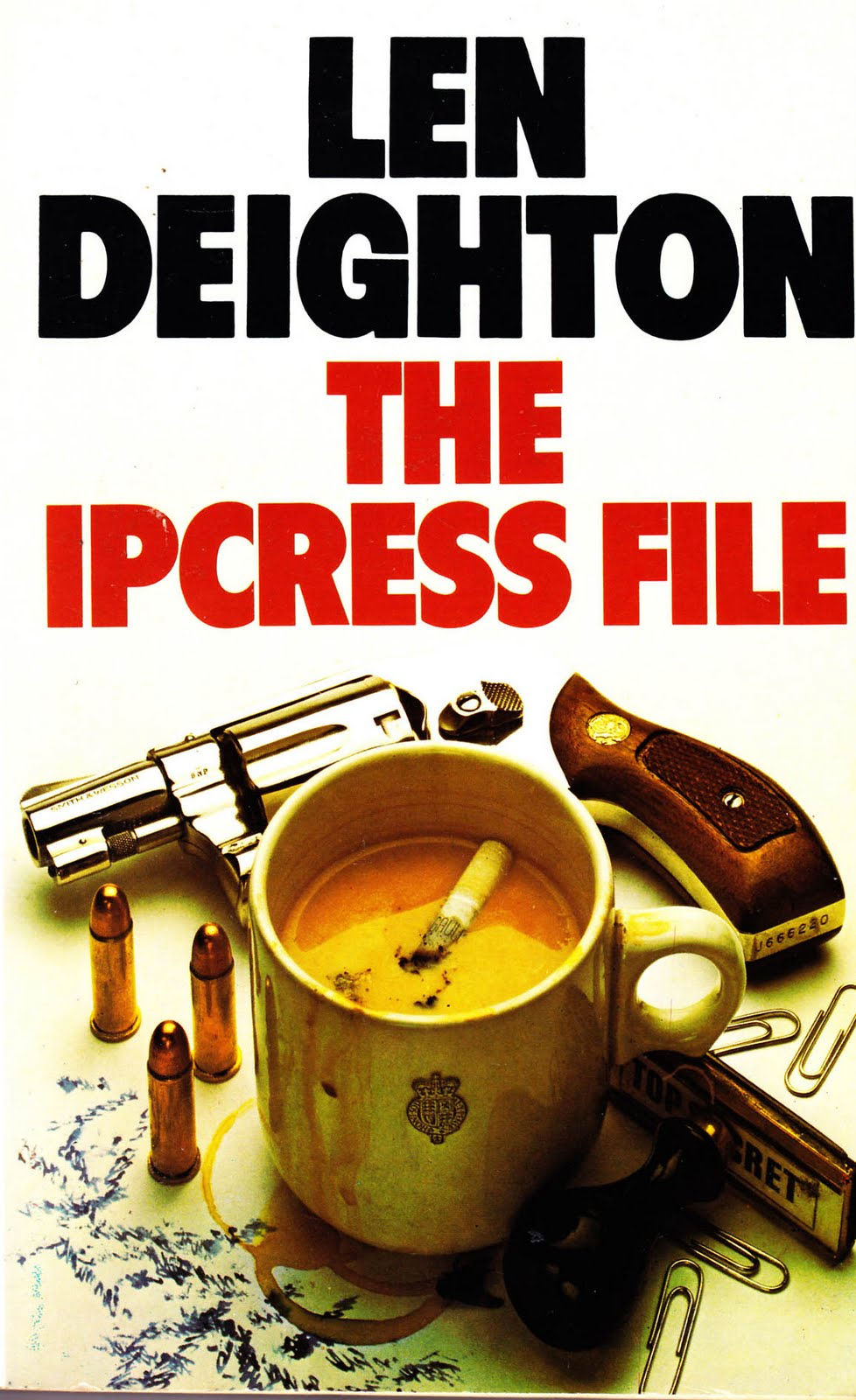 Papaerback cover of The Ipcress File