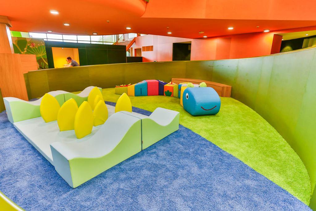 Erlebniswelten - Kindererlebniswelten - Kleinkindbereich mit Ministepraupe - Centrolino Kinderland - Centro Oberhausen