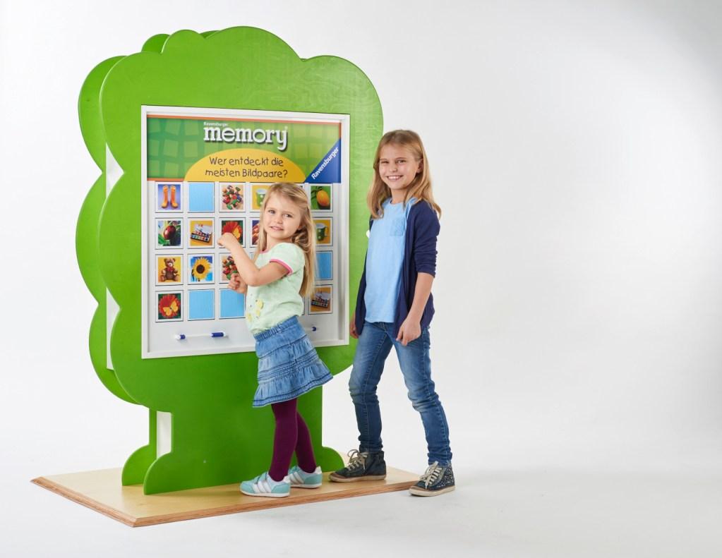 Ravensburger, Spielelement, Junior memory®, Standelement Baum, merken, Spieleklassiker, Wartezimmer, Großspiel, Wandspiel, Suchspiel