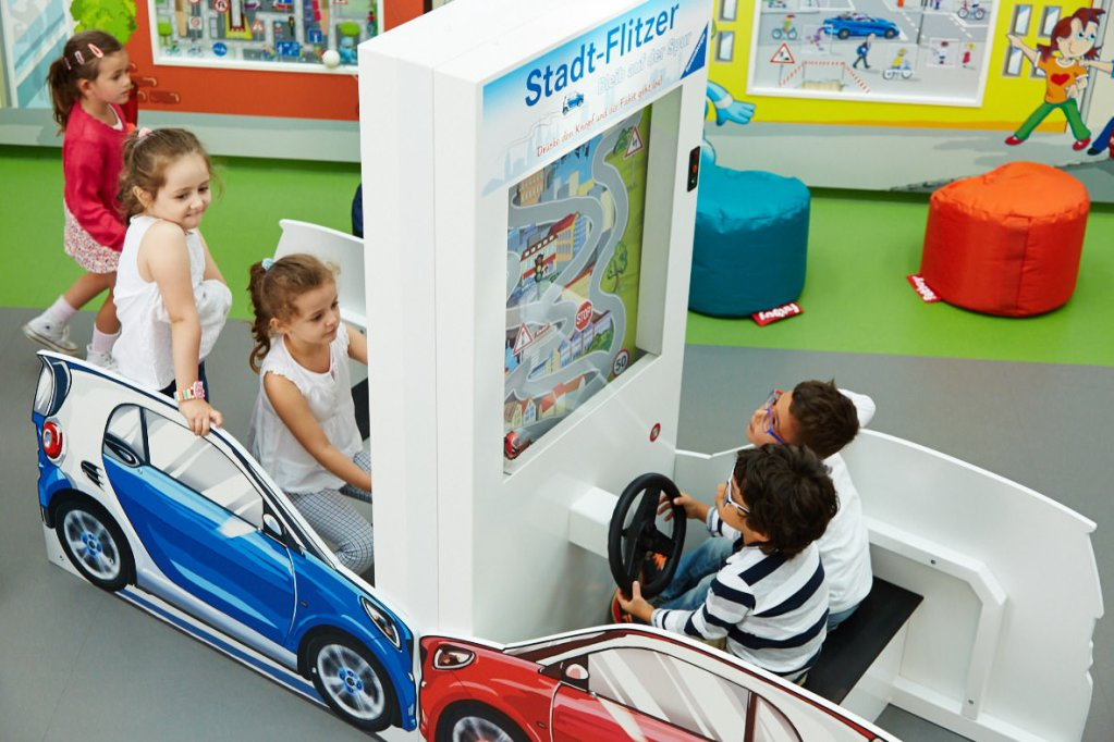 Markenerlebniswelten - Spielecke für Handel und Shoppingcenter - Mercedes-Benz Kinderstadt - Stadtflitzer - Agentur Ravensburger