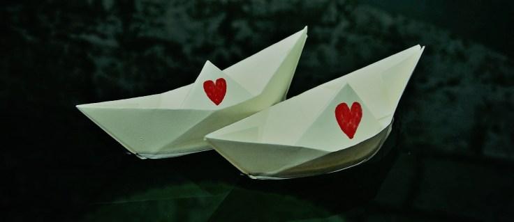 Papierboote Liebe