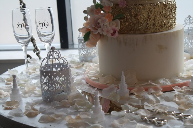 wedding-1567914_1280