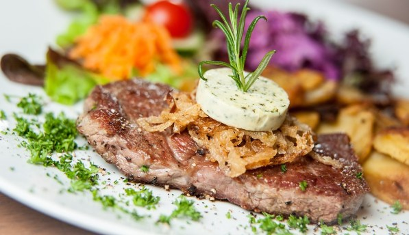 Steak perfektes dinner Hochzeitsantrag