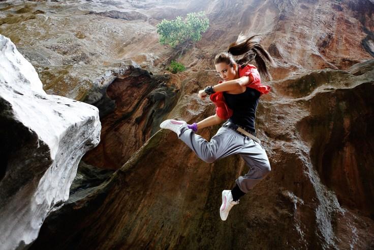 jump-1461111_1920.jpg