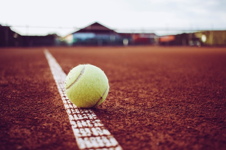 tennis-3524072_1280
