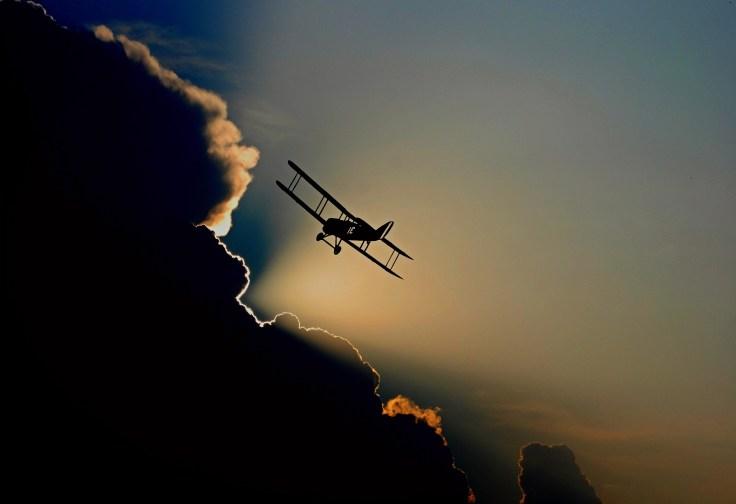 aircraft-1813731_1920.jpg