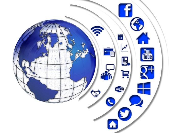social-media-1430517_1280.jpg
