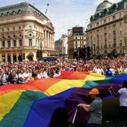 酷新闻:伦敦粉红柜活动 催生首座同志博物馆