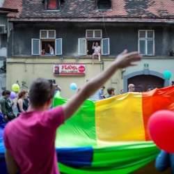 酷新闻:中欧国家斯洛文尼亚 婚姻平权正式上路