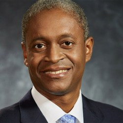 酷新闻:美国联邦储备银行  出现首位非裔同志执行长
