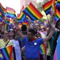 酷新聞:全美第一! LGBT歷史教科書走入加州校園