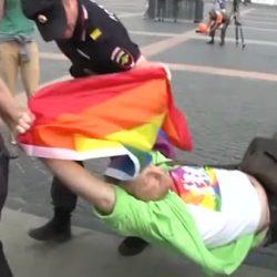 酷新聞:彩虹不滅!俄羅斯同運人士不懼恐同法律 示威遭逮捕