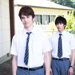 酷新聞:被咬一口秒變同志? 日本電影惹毛網友